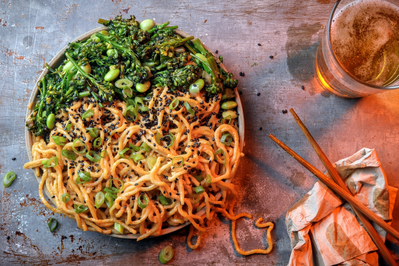Garlic Sriracha Noodles with Broccolini