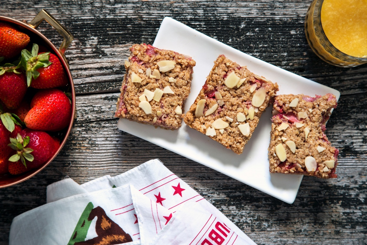 Strawberry Oat Bars - Thug Kitchen