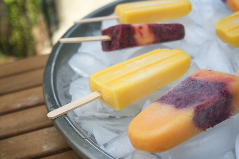 Peach Blueberry Popsicles - Thug Kitchen